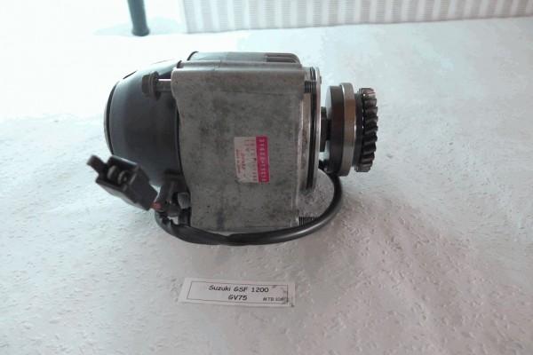 Suzuki GSF 1200 GV75A Lichtmaschine