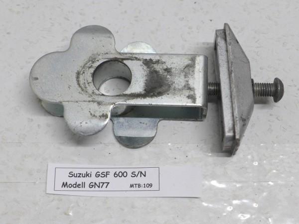 Suzuki GSF 600 GN77 Kettenspanner