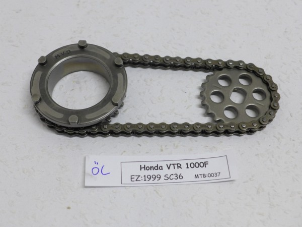 Honda VTR 1000F Antrieb Ölpumpe